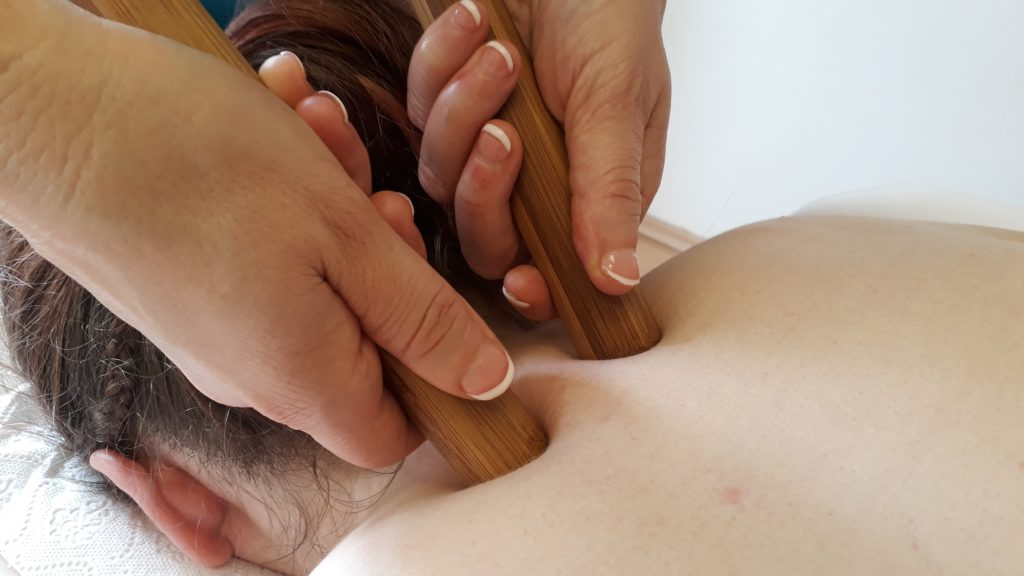 Bambusová masáž presura